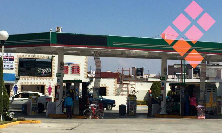 Ventas en gasolineras, también van a la baja